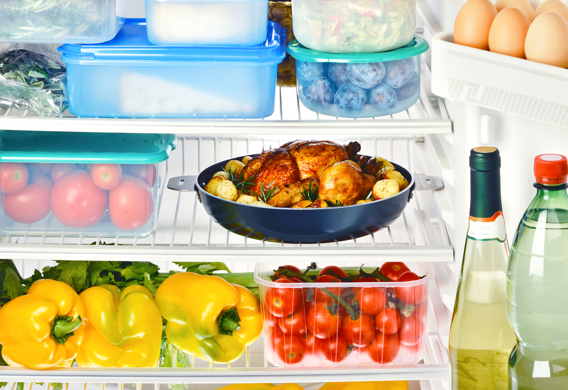 Storing Food In Pots And Pans In Refrigerator