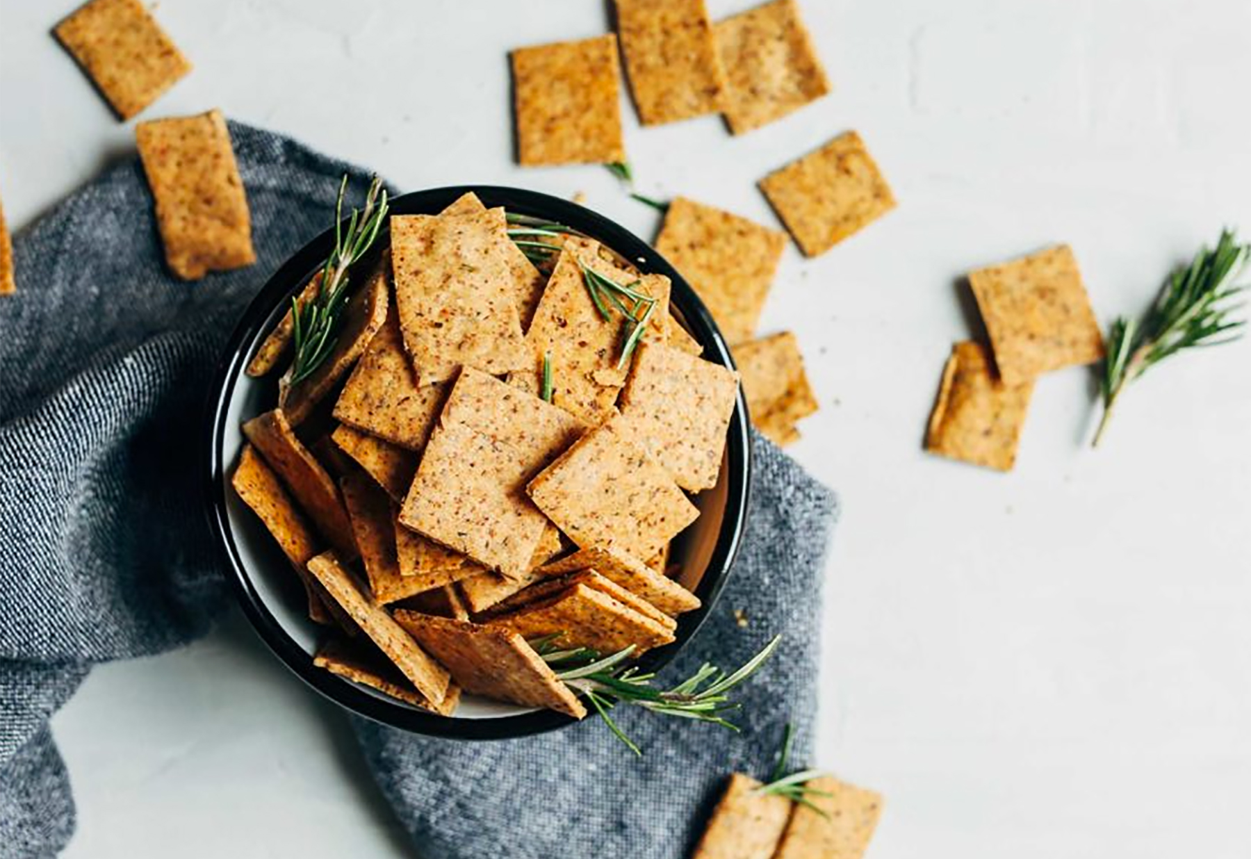 Homemade crackers that are so easy to make greatist solutioingenieria Image collections