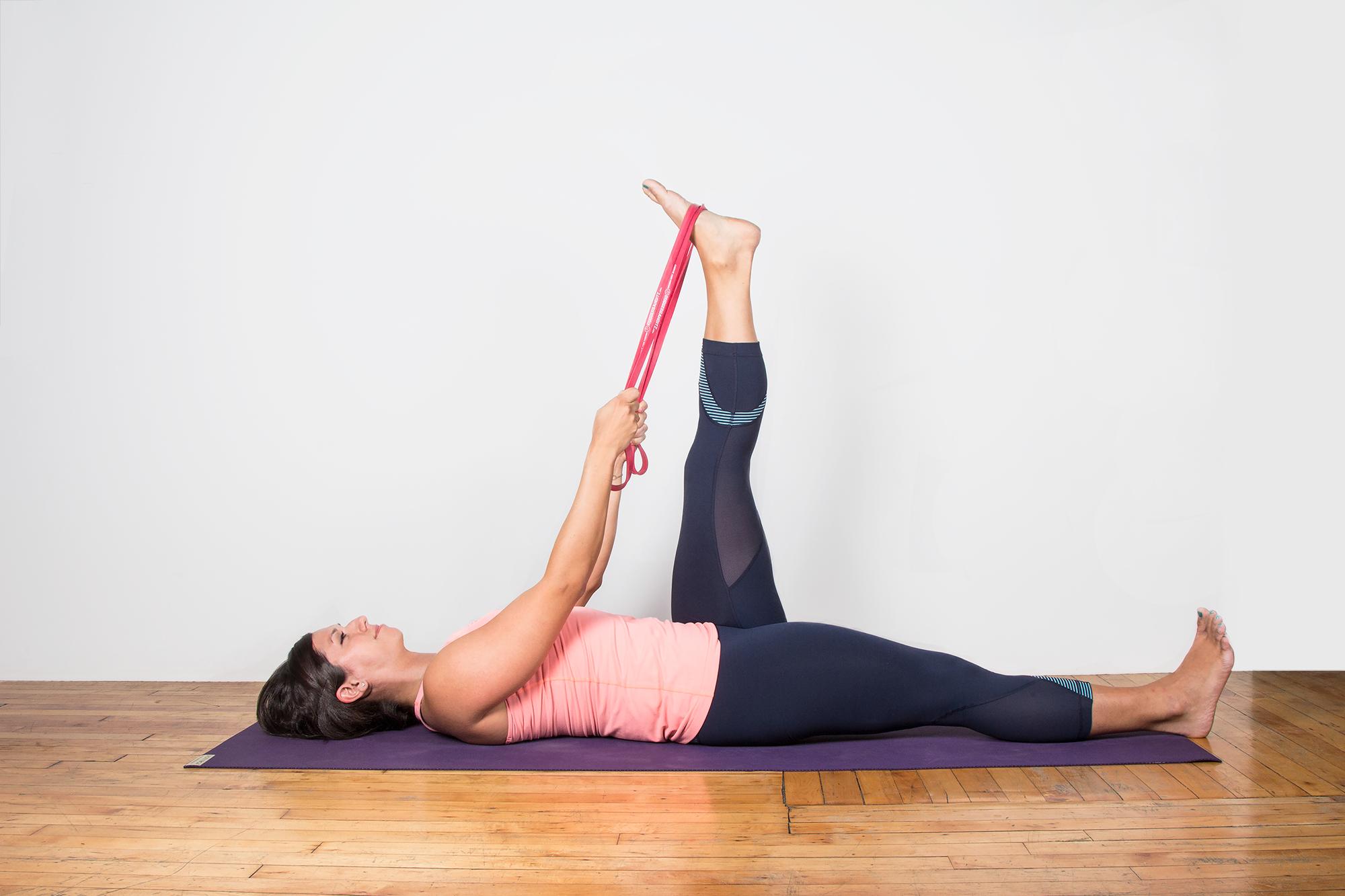 Упражнения спины для женщин в домашних условиях