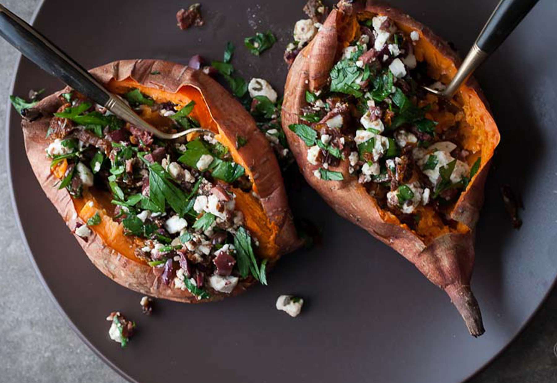 9 Easy Stuffed Sweet Potato Recipes | Greatist