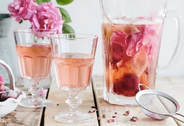 9 Infused Water Recipes That Make Staying Hydrated Way More Fun