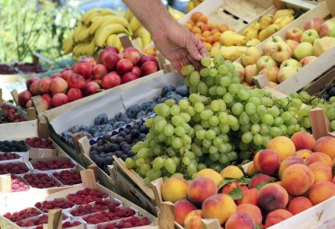 Under Dollar Foods: Fruit