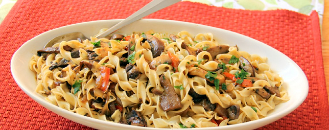 Pasta With Hearty Mushroom Sauce