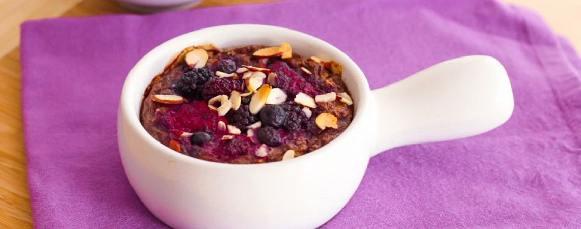 Easy Baked Berry Oatmeal for One