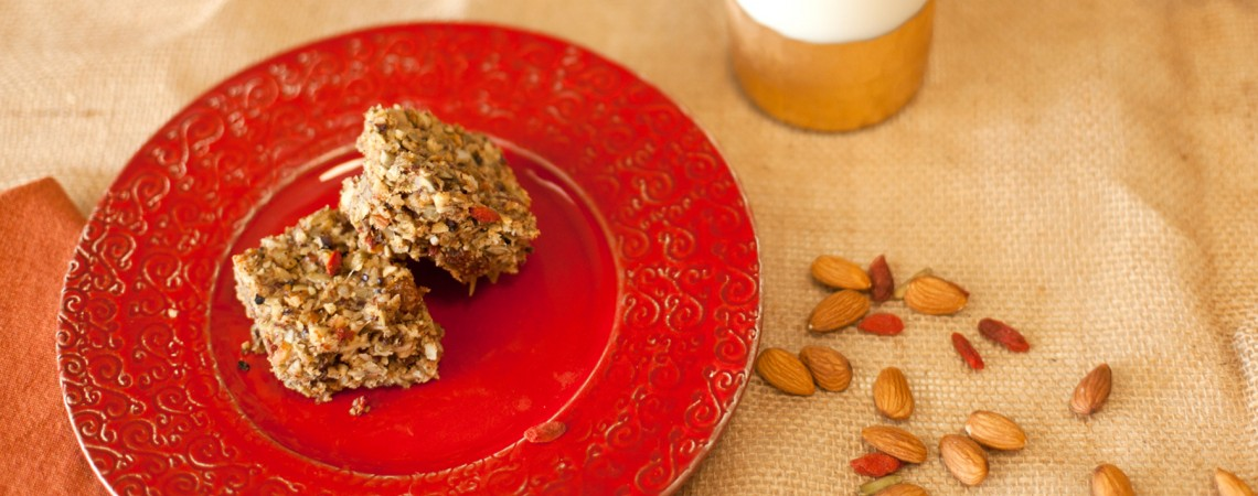 Berry Nut and Seed Energy Bars