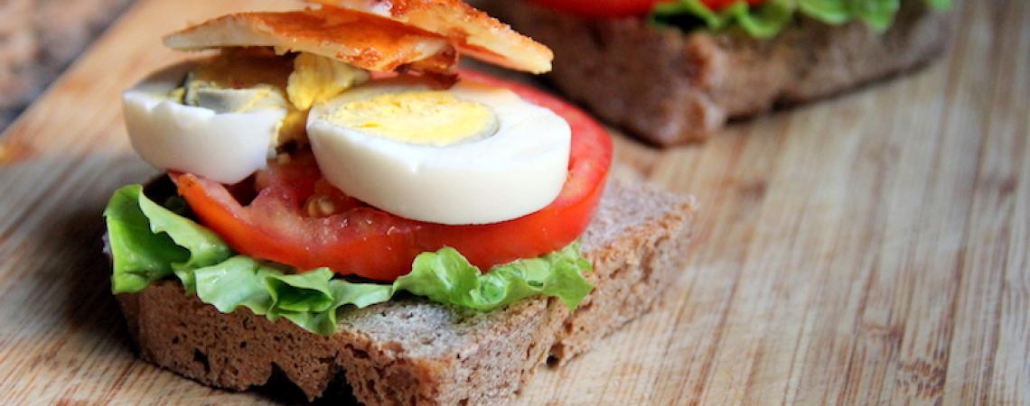 Egg and Halloumi Sandwich