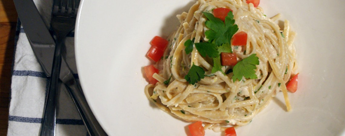 Linguine With Citrusy Yogurt and Tuna Sauce