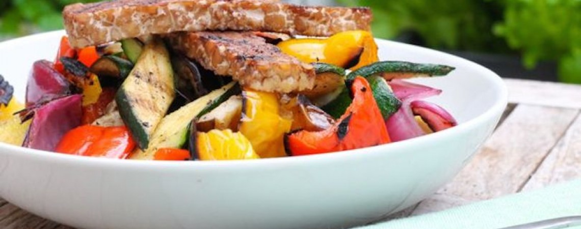 Maple Balsamic Grilled Tempeh and Veggie Quinoa Bowl