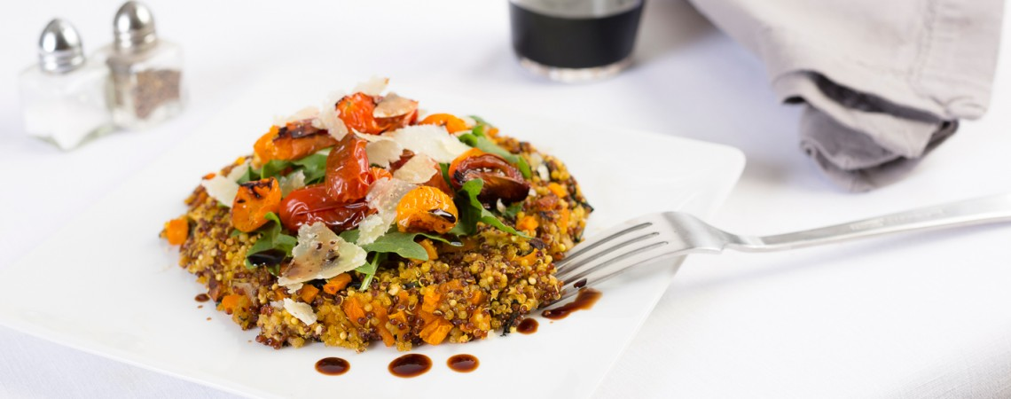 Baked Quinoa Cakes With Arugula, Parmesan, and Roasted Tomatoes