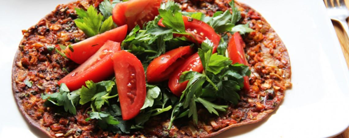 Turkish Pizza (Lahmacun)