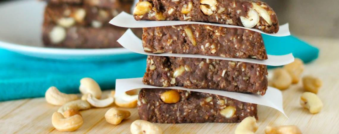 No-Bake Chocolate Cashew Protein Bars