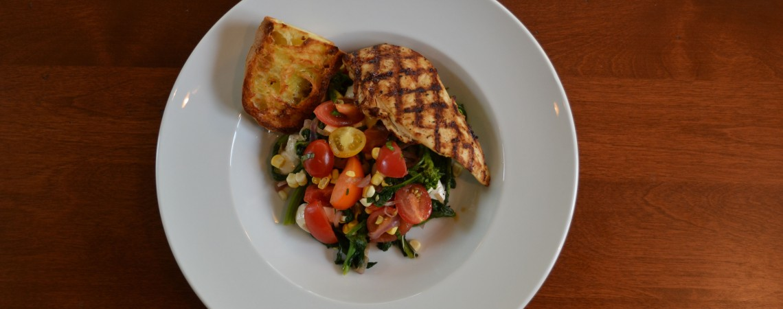 Broccoli Rabe and Cherry Tomatoes With Chicken
