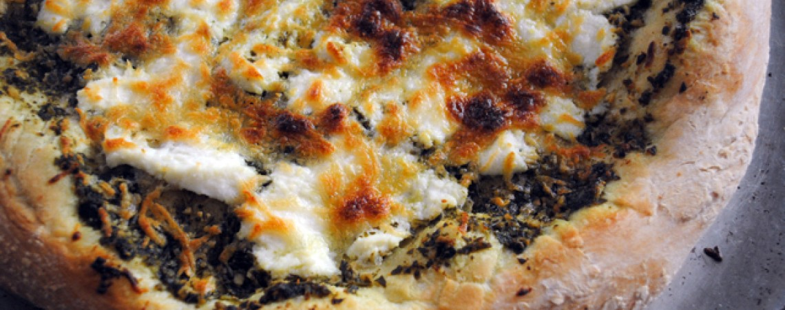 Pesto Cheese PIzza | Greatist