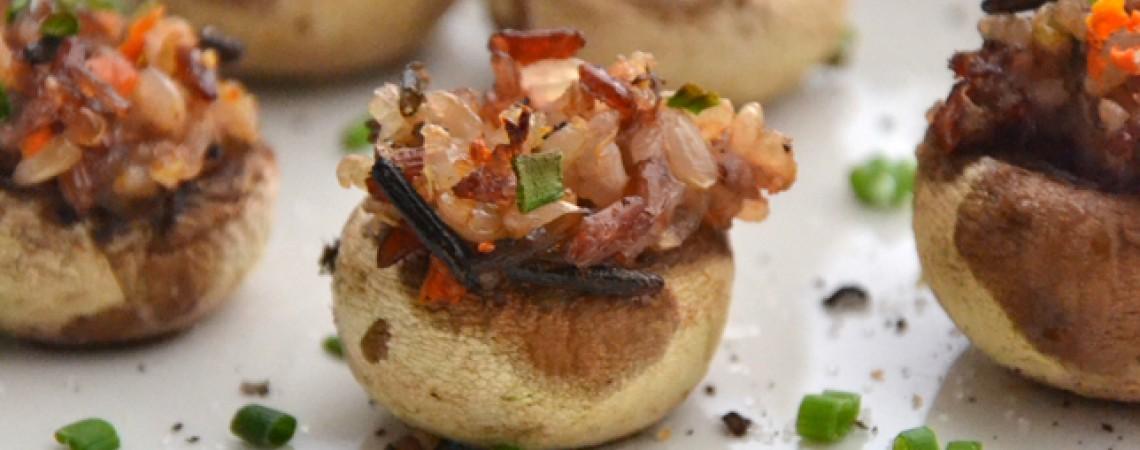 Cashew-Stuffed Mushrooms