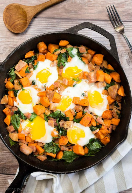 One Pot Meals: Spinach Egg and Sweet Potato Hash