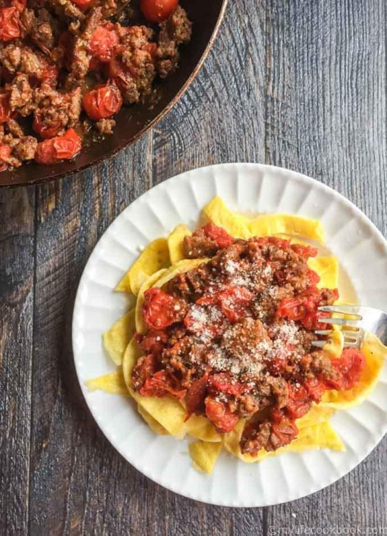 Low-Carb Recipes: Low-Carb Sausage and Egg Noodles