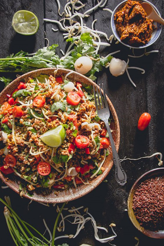 Asian Salad Recipes: Thai-Flavored Red Rice Salad With a Pepper, Lemongrass, and Lime Dressing