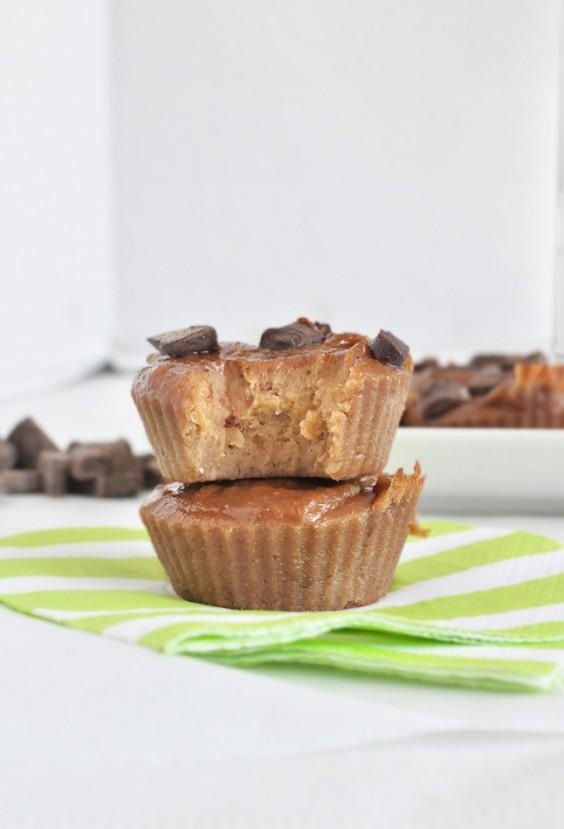 flourless peanut butter muffins