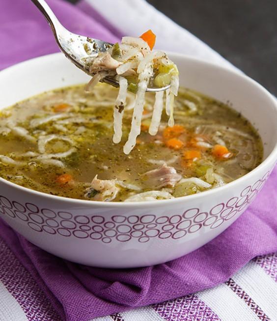 """Low-Carb Recipes: Low-Carb Chicken """"Noodle"""" Soup"""
