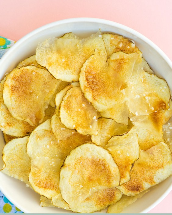 Microwave recipes 39 delicious things you didnt know you could microwave potato chips forumfinder Image collections