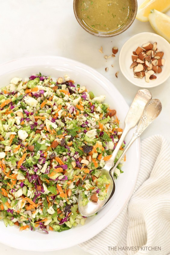Detox Recipes: Crunchy Detox Salad