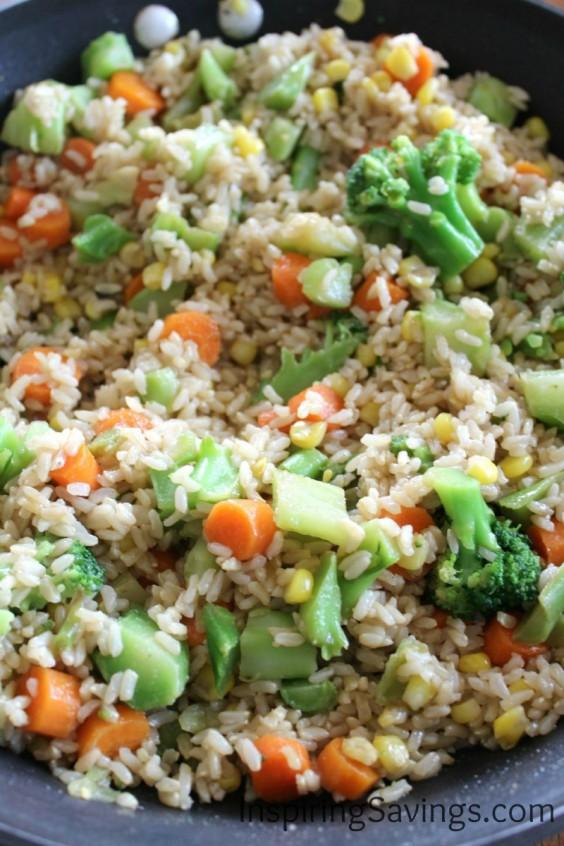 Healthy Dinner Recipes for Beginners: Easy Weeknight Vegetable Stir-Fry by Inspiring Savings