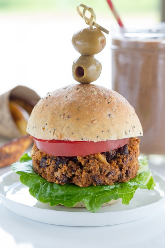 """Vegetarian Recipes: """"Hungry Guy"""" Burgers by Jazzy Vegetarian"""