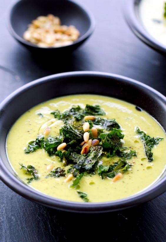 Sad veg: Cauliflower and Kale Soup