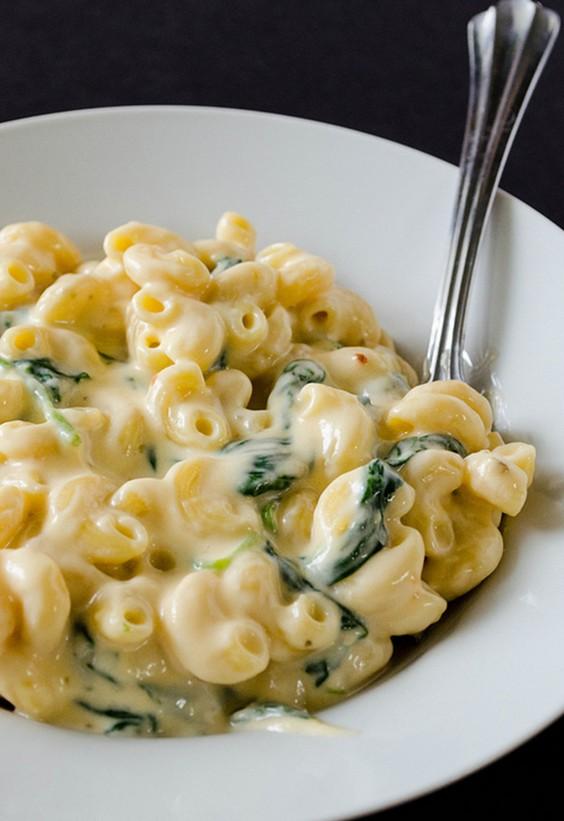 5-Ingredient Dinner: Yogurt Mac and Cheese