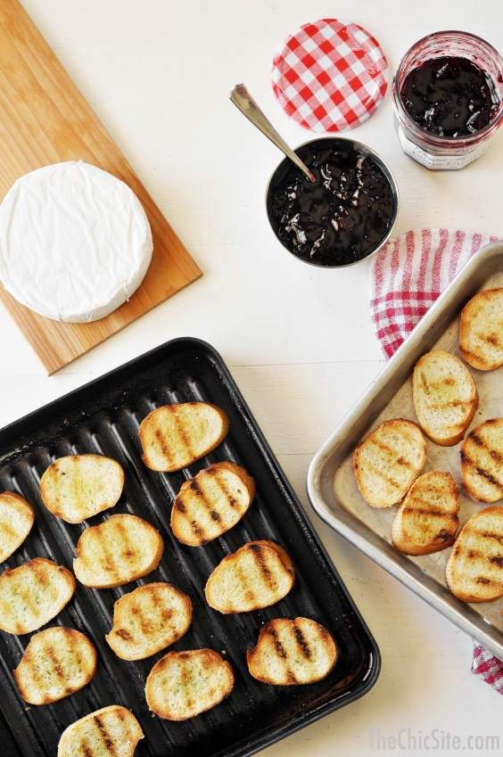 grilled brie and bread