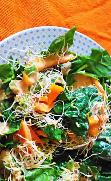California Spinach Salad