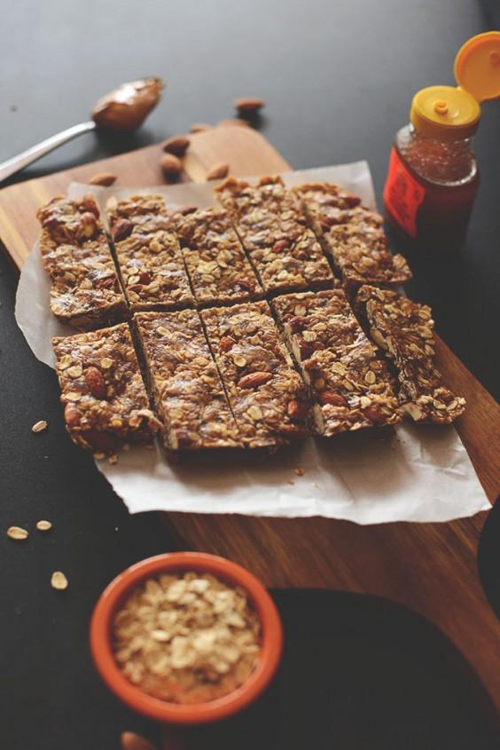 15. Healthy Five-Ingredient Granola Bars