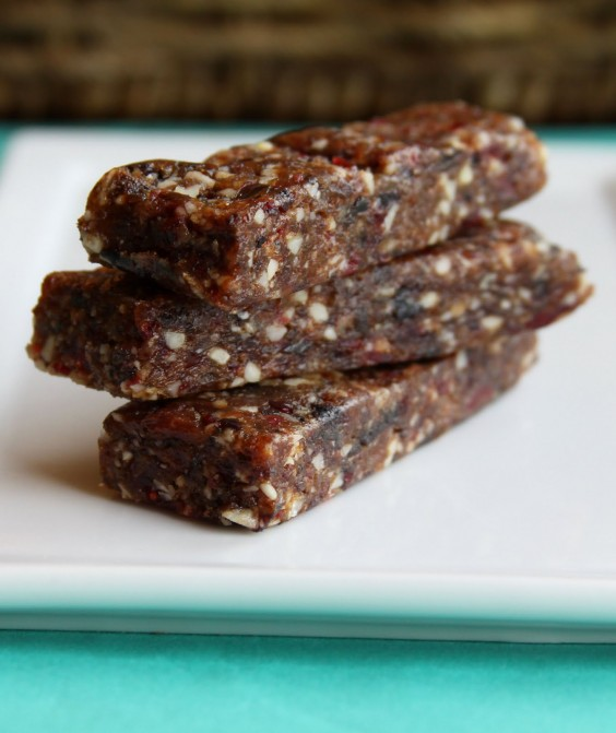 Energy bars healthy portable snacks you can make at home for Food bar recipes