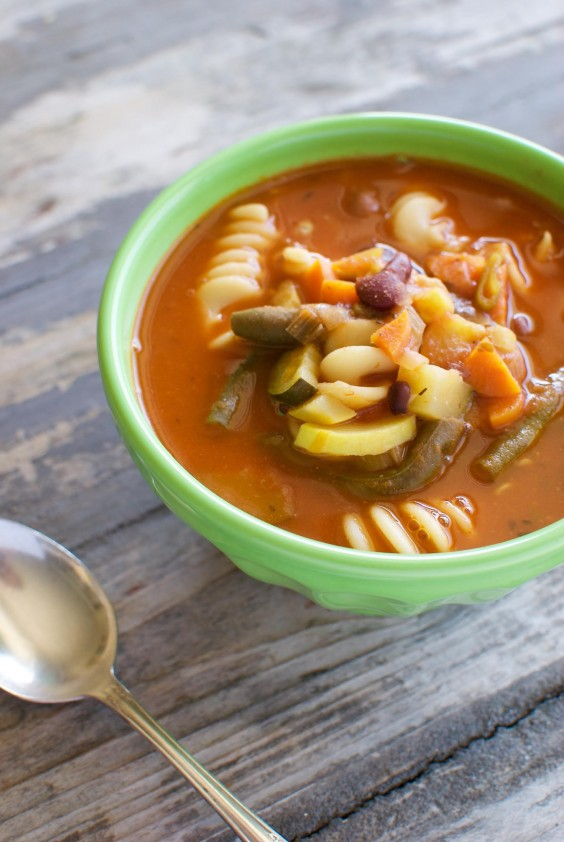 Healthy Dinner Recipes for Beginners: Easy Minestrone Soup by Eating Made Easy