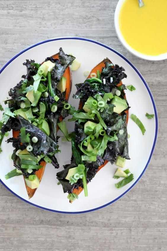 Detox Recipes: Spinach-Stuffed Sweet Potato