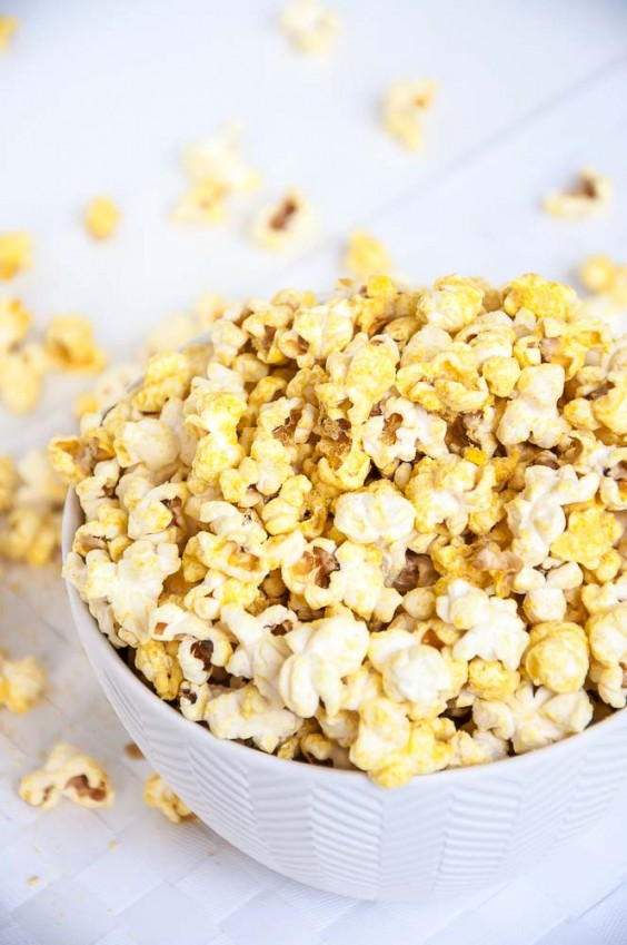 18. Vegan Cheese Popcorn