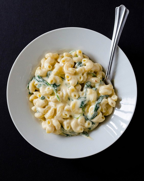 Healthy Dinner Recipes for Beginners: Creamy Greek Yogurt Mac and Cheese by Cooking ala Mel