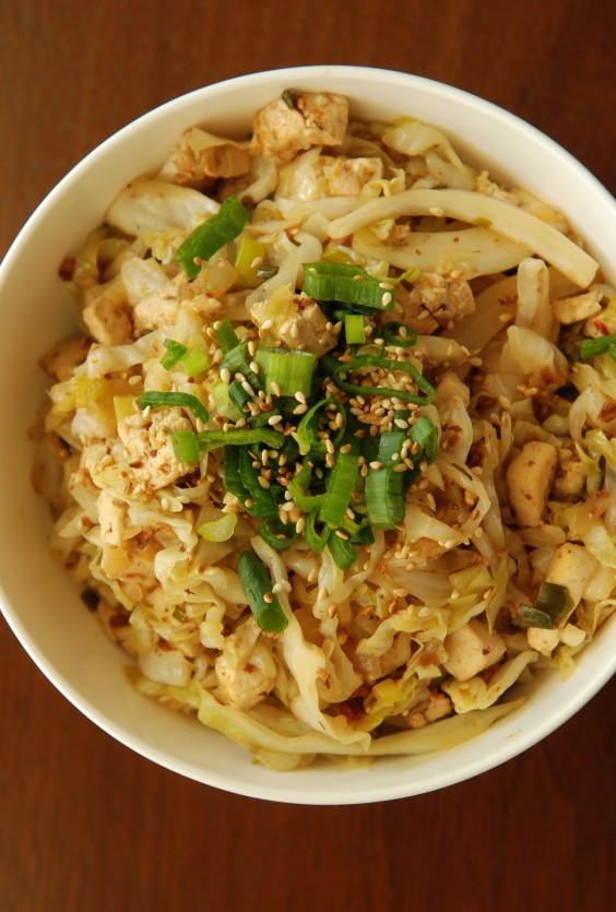 Low-Carb Recipes: Chinese Sweet and Sour Cabbage With Tofu