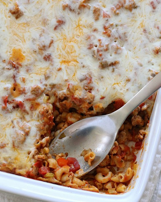 Healthy Dinner Recipes for Beginners: Easy Macaroni Casserole by Skinny Taste