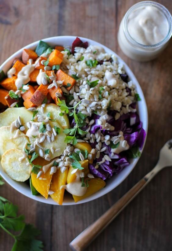 Sad veg: Roasted Vegetable and Brown Rice Buddha Bowl