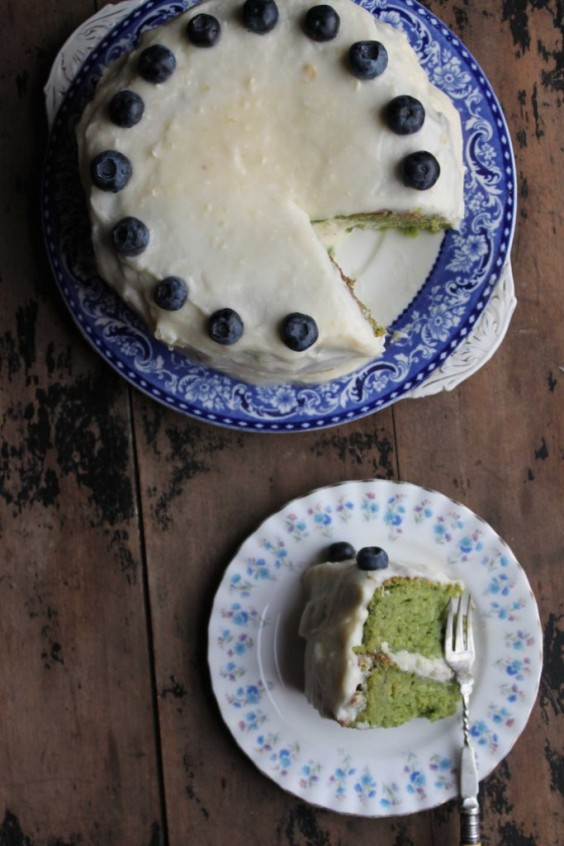Greens Recipe: Kale and Apple Cake With Apple Icing