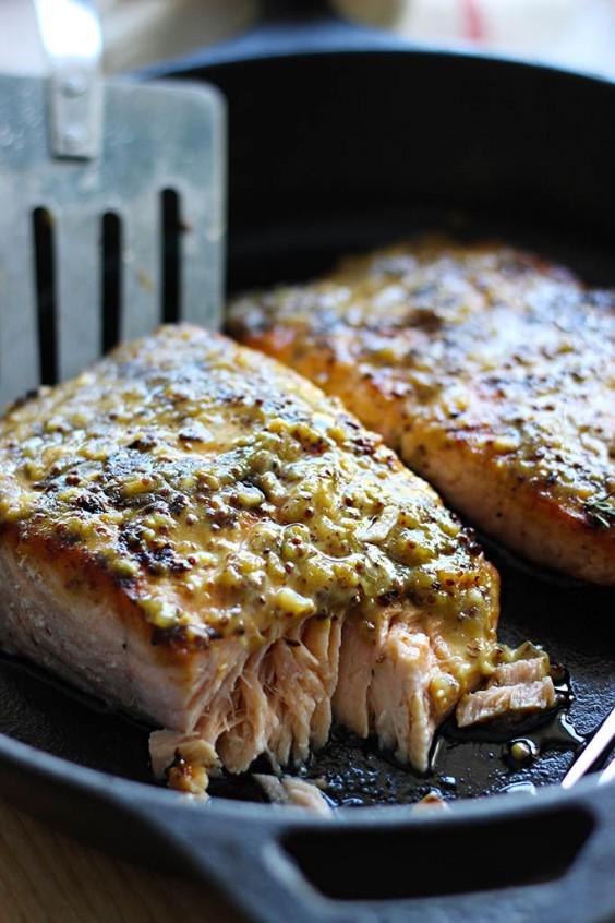 5-Ingredient Dinner: Honey Mustard Salmon