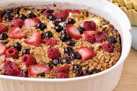 Fresh Fruit Baked Oatmeal