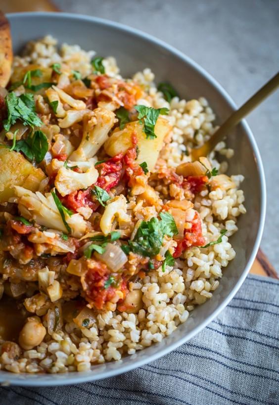 Detox Recipes: Cauliflower, Potato, and Chickpea Curry