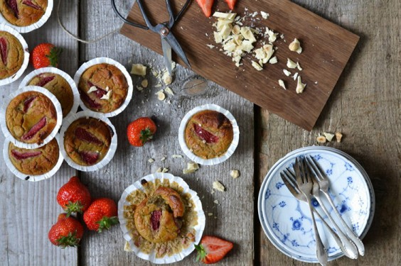 Strawberry Muffins with Chickpeas