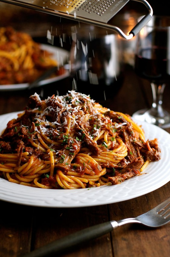 This hearty sauce is great on pasta, zoodles, or baked potatoes.