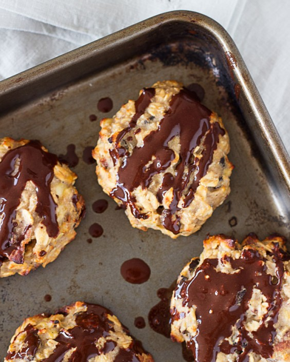 Protein Cookies: Effortless Banana, Oat, and Vanilla Protein Cookies by Sprinkles of Green