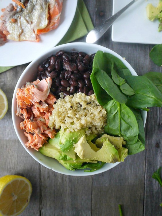 Healthy Dinner Recipes for Beginners: Salmon and Spinach Quinoa Salad by Healthy Recipe Ecstasy