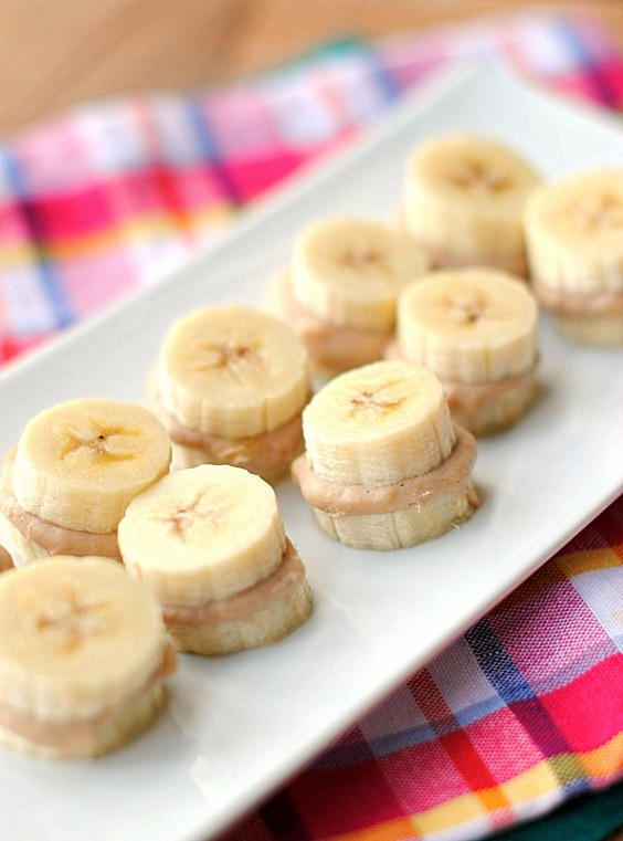 What to eat before a workout 50 pre and post workout snacks post workout banana bites forumfinder Images
