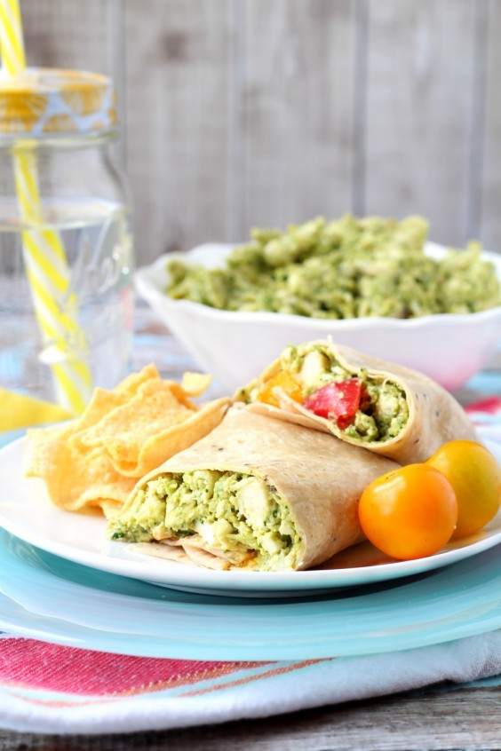 Healthy meals to make in 12 minutes or less greatist 32 chicken hummus wrap forumfinder Images